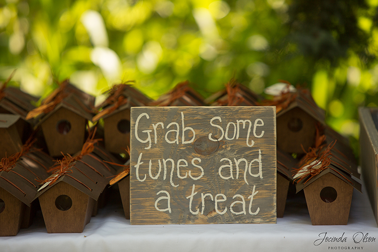 Rustic reception sign for reception gifts