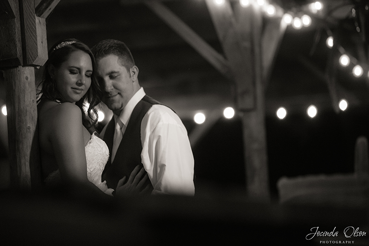 Evening portrait of bride and groom at Maroni Meadow Snohomish Washington